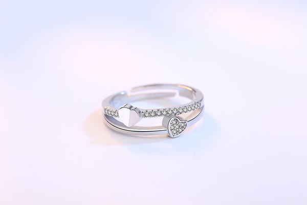 Anillo de plata con forma de corazón coreano para la apertura de la boda de la mujer al por mayor anillo de diamante de circonio (apertura ajustable)