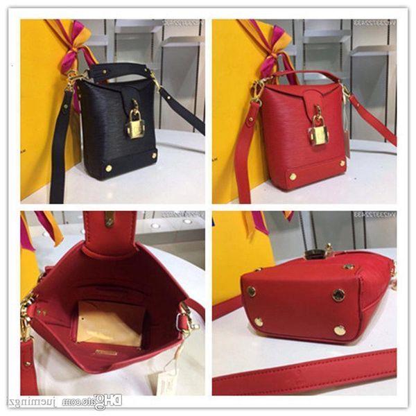 43518 15 16 7 Monogramma Cowgirl in pelle Cruise Bento Box M Shoulder Bag mano Formato: