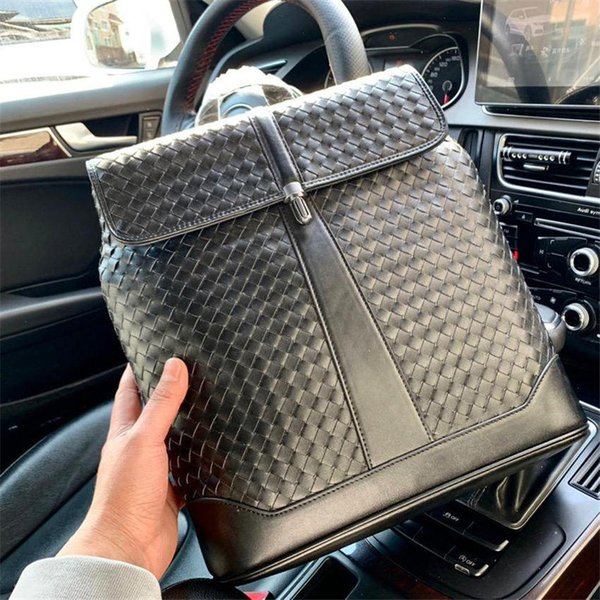 famous business style backpack for men genuine leather laptop bags top material and top quality men shoulder basgs