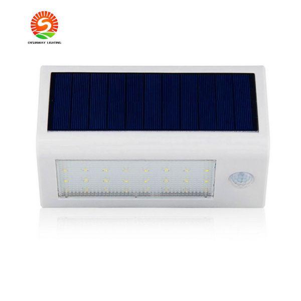 Capteur radar 48 LED de lampe de mur à commande solaire actionnée vers l'extérieur