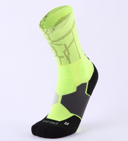 Top 2019 Basketball socks middle tube professional men sports socks running elite antiskid thickened towel bottom fitness yakuda training