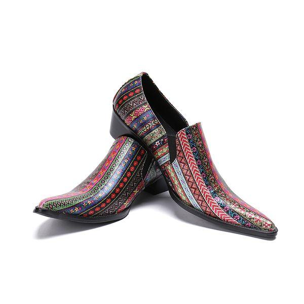 Printemps Automne chaussures hommes talons hauts bout pointu sur l'impression en cuir 2019 chaussures de mariage de mode hommes travaillent spectacle chaussures