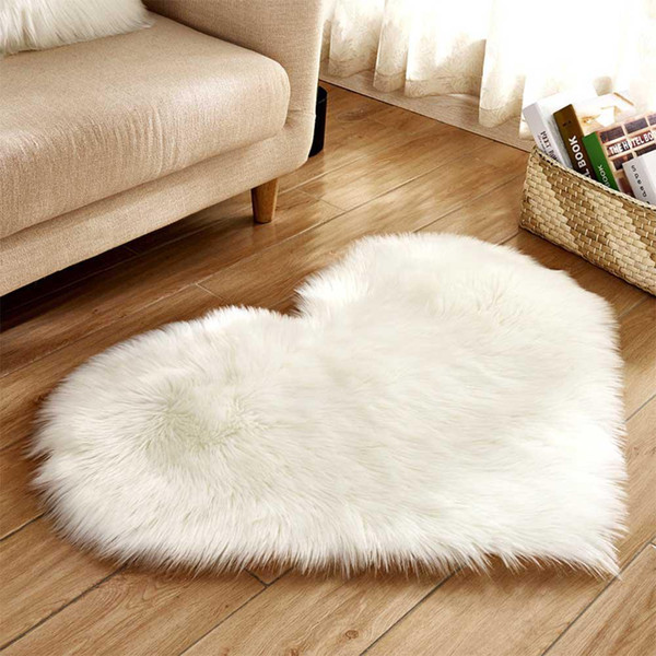 TPFOCUS Love Heart Shaped Pink Rug Artificial Wool Sheepskin Hairy Carpet Faux Floor Mat Fluffy Soft Area Rug Tapetes 3 Colors