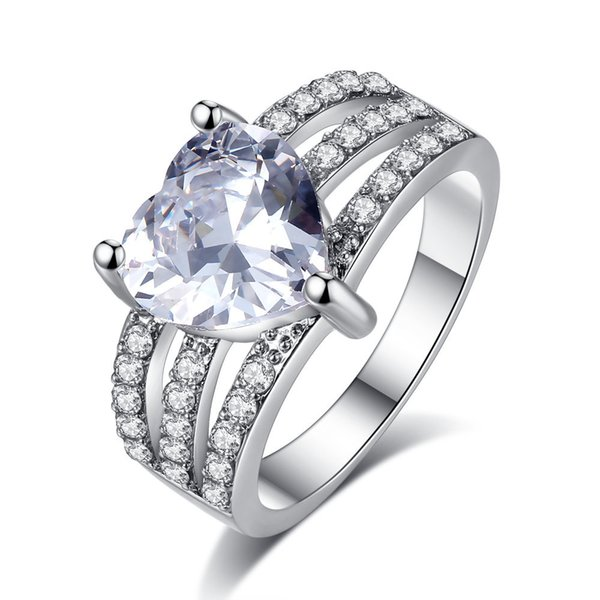 Romantic Heart CZ Ring for Women White Gold Filled Three Rows Simulated Diamond Cubic Zirconia Paved Rings Wedding Jewelry Gift R154