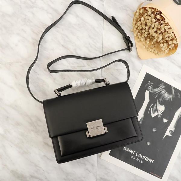 2019 Hot sale fashion shoulder bag women bag wallet women single chain bag and backpack free shipping size:22*16*9cm