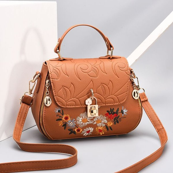 Fashion Design Embroidery Flower Womens Crossbody bag One-Shoulder bag Pouch Fashion Bags Lady Brown Shoulder bag Purse
