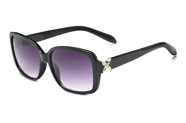 Lunettes de soleil classiques fashion Lady TC 4047 Design UV400 Lentille anti-radiation au design de designer