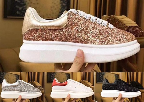 2019 New Designer Shoes coloré hommes Comfort Souliers simples Plateforme Sneakers Mode Chaussures Luxe Femmes Chaussures