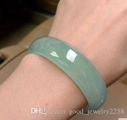 Натуральный нефритовый браслет Ширина около 12мм-17мм, диаметр 56мм-66мм Бесплатная доставка