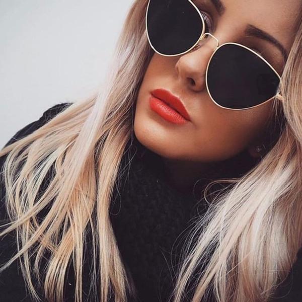 TOYEARN Vintage Seksi Bayanlar Kedi Göz Güneş Kadınlar Moda Temizle Kırmızı Gözlük Için Metal Çerçeve Güneş Gözlükleri Kadın UV400 # 16296
