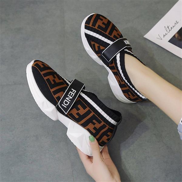 FF Marka Tasarımcı Çorap Ayakkabı Kadınlar Geçmeli Kint Loafers Hook ve Döngü Boş Sneakers B81405 Kaykay Spor Ayakkabı Moda Running korunabilir