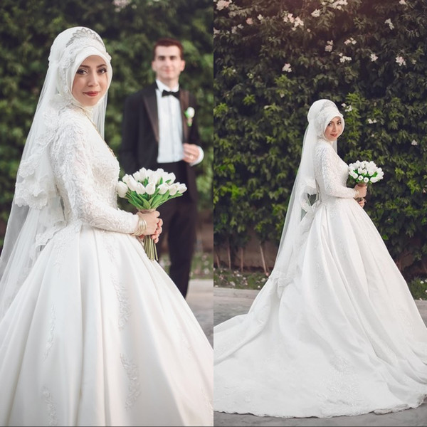 Arabic Muslim Satin Wedding Dresses High Neck Lace Appliqued Long Sleeves Button Back Bridal Gowns Ball Gown Custom Made Wedding Gowns