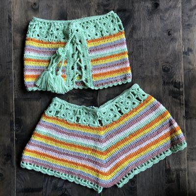 Oberseite und kurze Hose