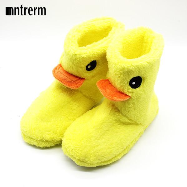 O Novo Grande Pato Amarelo Bonito de Algodão chinelos Mulheres Inverno Quente Em Casa de Algodão-acolchoado Sapatos de Inverno Fundo Macio Chinelos De Pelúcia Interior