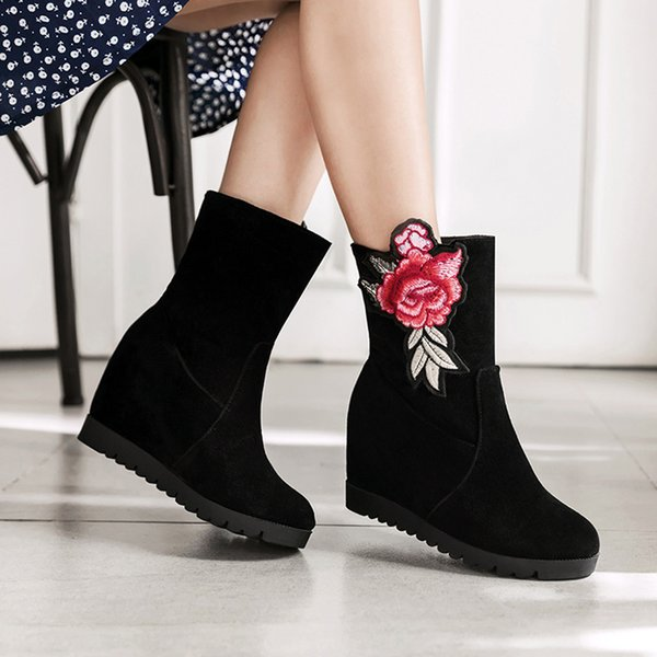 Wedges Shoes Retro Embroidery Ladies Boots zapatos mujer tacon botas mujer invierno Women'sWild Short Plush Short Boots #91
