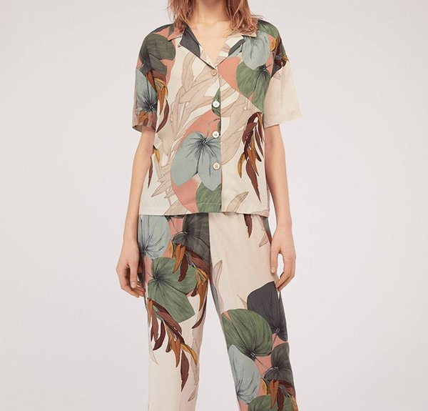 Kadın Sonbahar Baskı Turn-down Pijama Set Kısa Kollu ve Uzun Pantolon 2 Parça Set Rahat Gevşek Salonu uyku Setleri