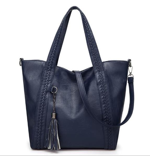 Designer Handbags high quality Luxury Handbags Wallet Famous handbag women tassel Crossbody bag Fashion Vintage leather Shoulder Bags 02