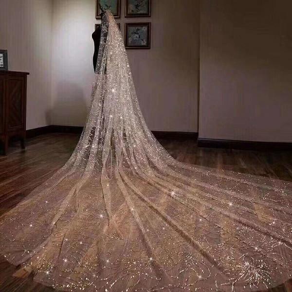 Großhandel Luxuriöse Funkelnde Goldene Hochzeit Schleier Hochzeit Braut Haarschmuck Brautjungfer Brautschleier Hochzeit Zubehör 5m Lange Tailing Veil