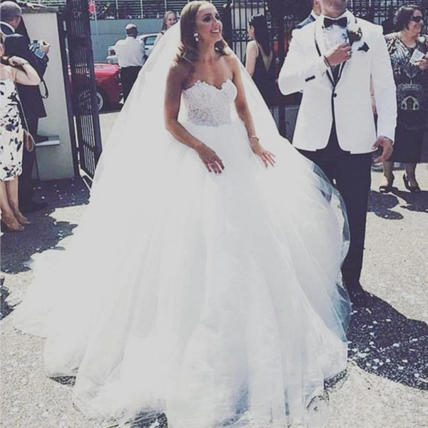 2019Princess Ball Gown Wedding Dress for Bride Sweetheart Tulle Skirt Lace Corset White Bridal Dresses Romantic