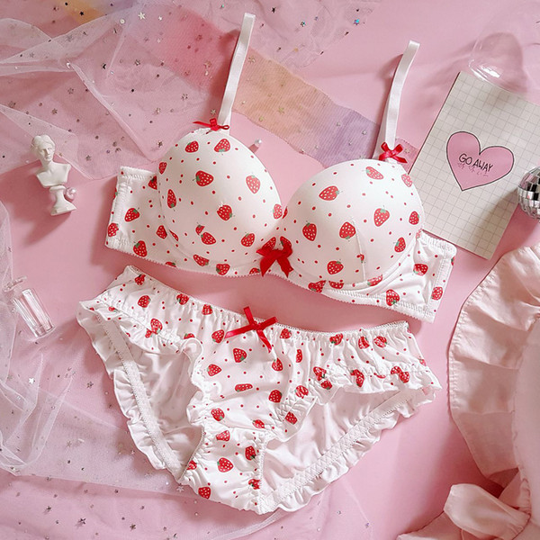 Strawberry Cute Japanese Bra & Panties Set Wirefree Soft Underwear Sleep Intimates Set Kawaii Lolita Bra and Panty Set Lingerie