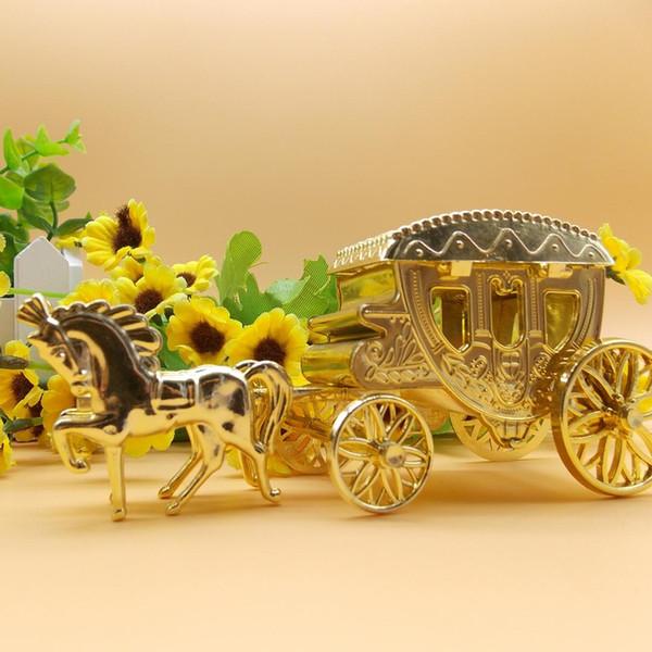 15 PCS / lot del partido del acontecimiento para el caramelo pequeña caja de regalo de plástico Cinderella carro real Gold Box boda suministra la decoración