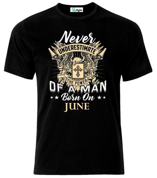Asla Haziran Ayında T-Shirt'de Doğmuş Adam Yoksay