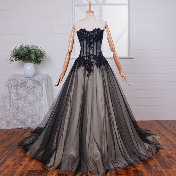 2019 New Arrival Black Nude Gothic Wedding Dresses Sweetheart Illusion Top Beaded Lace Tulle Corset Back Vintage Non White Bridal Gowns