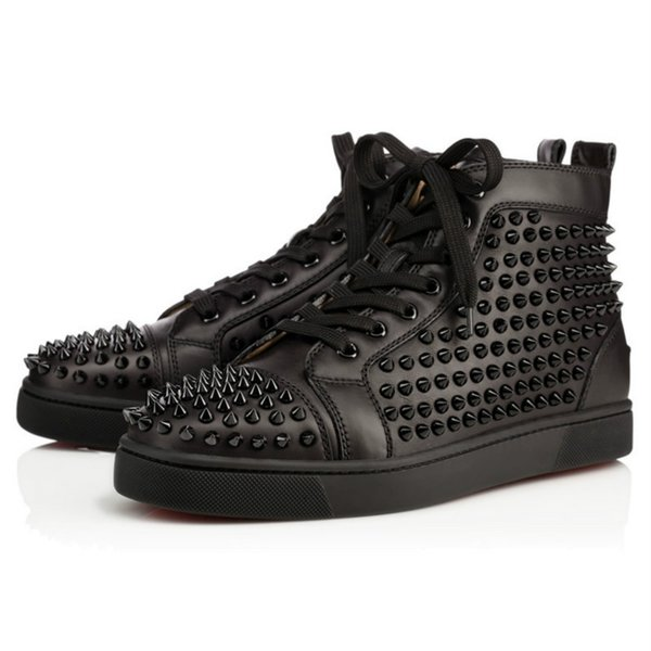 2019 scarpe del nuovo progettista Studded Spikes appartamenti per gli amanti partito delle donne Mens vera pelle all'aperto 35-46 commercio all'ingrosso di trasporto con la scatola