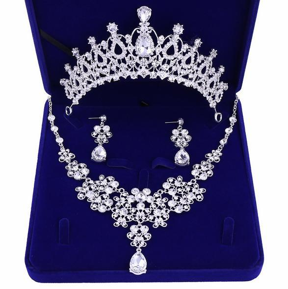Best-selling high-end bridal accessories crown necklace earrings three-piece white rhinestone princess crown banquet headband free shipping