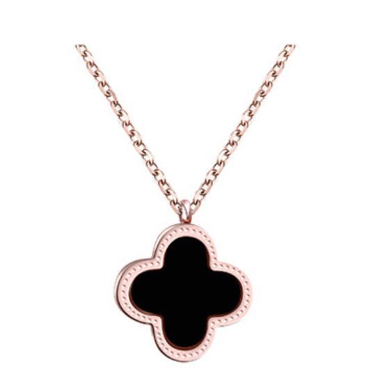 Korean 18K Rose Gold Four Leaf Clover Necklace Female Titanium Steel Simple Korean Version Clavicle Chain Ornaments Pendants