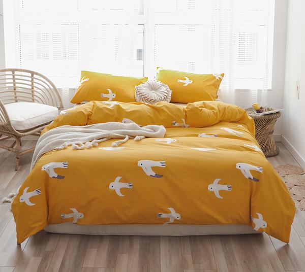 Şanslı Ev Kral Sarı Pamuk Baskı Üç Parçalı Set Kuşlar nevresim Set Yetişkinler için Doğal Ultra Yumuşak Tekstil Çocuk Çarşaf Setleri