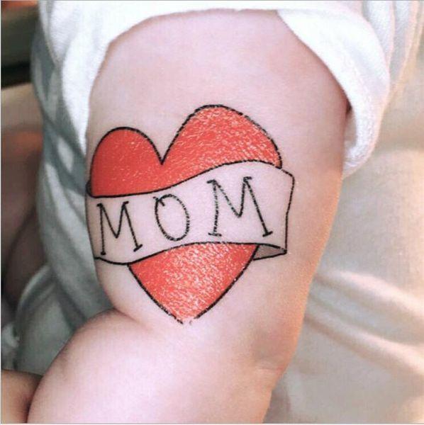 Enfants Tatouage Autocollants Amour Papa Maman Enfants Corps Corps Art Tatouage Temporaire Mignon Dessin Animé Femmes Faux Tatouages Jouets Lettre Cadeaux Livraison Gratuite