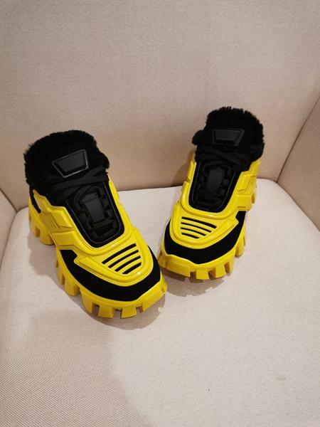 Designer sapatos casuais Moda Lux Paris Triple S Chaussures de curso Sneaker Combinação Soles Rua Calçado rx19101805