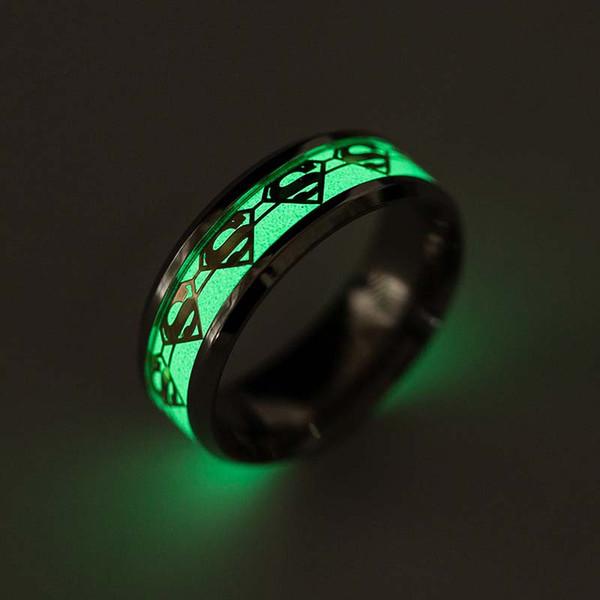Superman Anel De Aço Inoxidável Fluorescente Brilho No Anel Escuro Banda Anéis de Ouro Padrão De Prata para Homens anéis de noivado para as mulheres DROP NAVIO