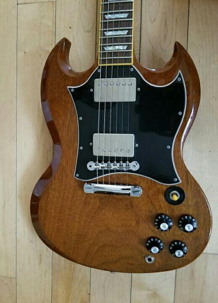 Matériel de chrome de guitare électrique de SG de noix de Brown de lustre normal brillant, pont de Little Pin Tone Pro, touche en palissandre, incrustation de trapèze perlé
