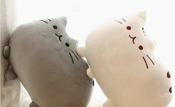 Gato dos desenhos animados bonito macio Plush Doll Throw Pillow Almofada Home Textile Stuffed Crianças Quarto Decoração