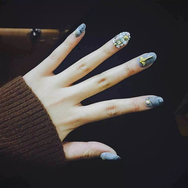 Beautiful marble pattern middle-long false nails lady full nail tips cute 3D fake nails pure color Harajuku style Nail art Bride