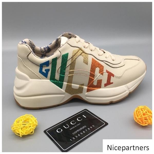 New SeasonShoes Moda Sapatos de couro Men s Designers Lace Up Platform Oversized Sole Sneakers Branco Preto calçados casuais w01