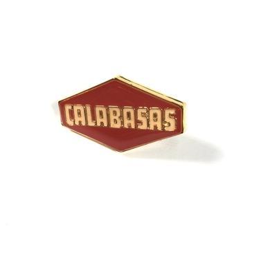 3 pcs Calabasas Season 6 Letras Broche Pin Designer Terno de Lapela Pin para Homens Mulheres Meninas Acessórios Do Esporte