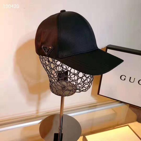 New Luxury Design Papa noir Chapeaux Casquette de baseball pour les hommes et les femmes des marques célèbres Coton Sport Golf réglable Crâne courbé Chapeau de haute qualité