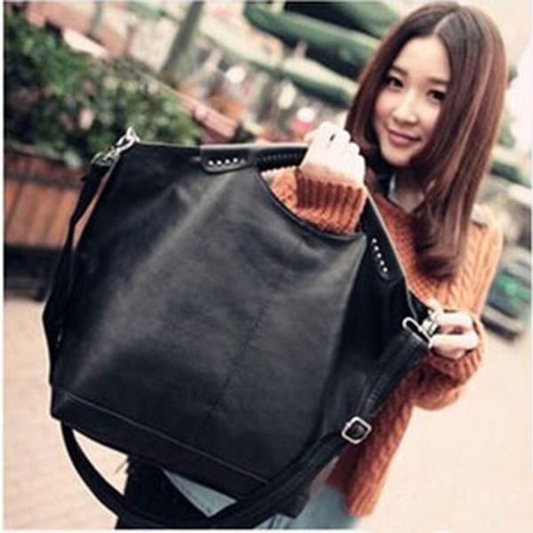 Designer-Fashion High Quality 2019 Women Bag New Hot Black Women Handbag Pu Rivet Package Large Tote Famous Designer Shoulder Bag D159