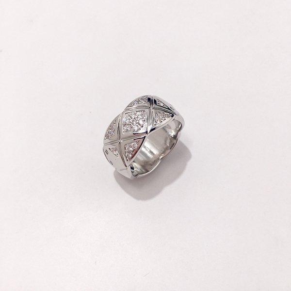 ampio anello di platino