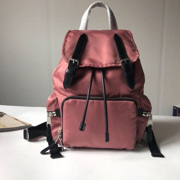 2019 latest style unisex backpack. Ladies fashion casual series. Imported waterproof fabric, top flip-type snap-on backpack.