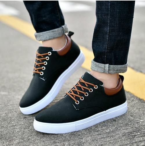 Nouvelle version coréenne marque à bas prix Chaussures Casual Triple chaussures de combinaison espadrille des femmes des hommes de mode Casual Chaussures haut de qualité supérieure 40-45