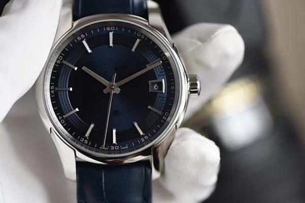 Luxury watch bright blue sapphire liner Delicate sanding process plus electroplated platinum processing automatic mechanical movement 8900