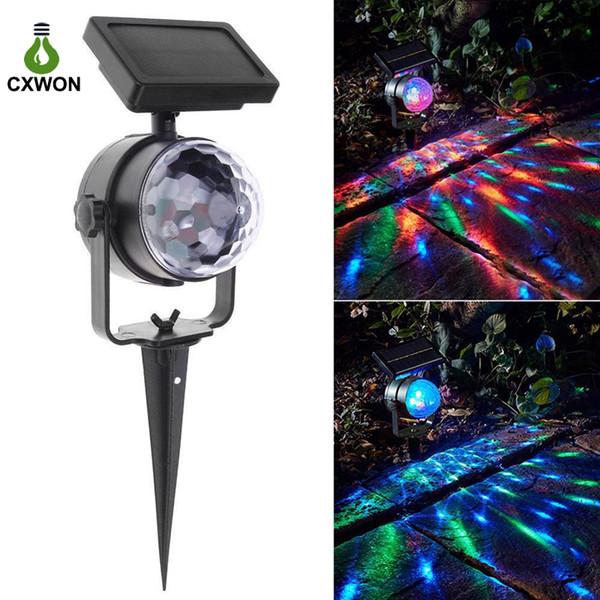 Laser a luce solare Magic Disco Ball Palla di Natale LED Proiettore Coloful Ruota la luce del palcoscenico a led solare per la festa di Natale Holloween