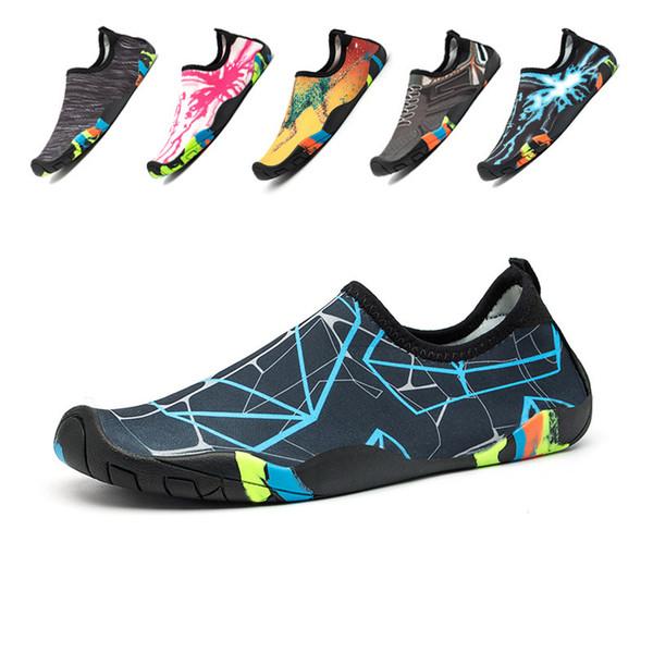 Mulheres Homens Sapatos de Água de Secagem Rápida Sapatos de Praia de Verão Respirável Slip-on Natação Sneaker Não-deslizamento Casal Natação Do Aqua