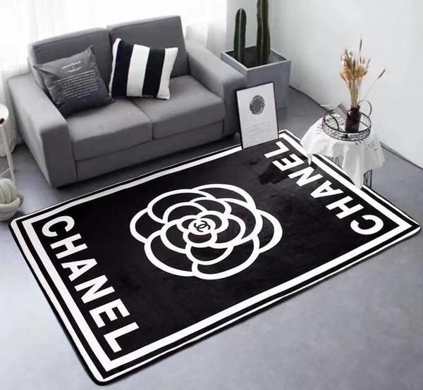 Boutique Nordic Brand Carpet Flower Design New Black Print Absorbent Rugs Rectangle Bedroom Kitchen Floor Carpet
