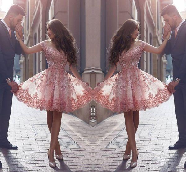 Dusty Pink Nuevo estilo árabe Vestidos de Fiesta Fuera de los hombros Apliques de encaje Mangas cortas Vestidos de fiesta cortos Vestidos de cóctel sin espalda