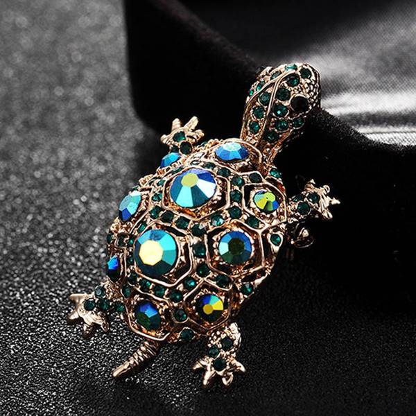 ashion jóias broche verde Rhinestone Turtle pin broche vintage bonito de Kawaii Tortoise Broches caçoa o presente animal Hijab pinos Bags Accesso ...